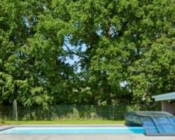Ik heb een zwembad overkapping laten plaatsen